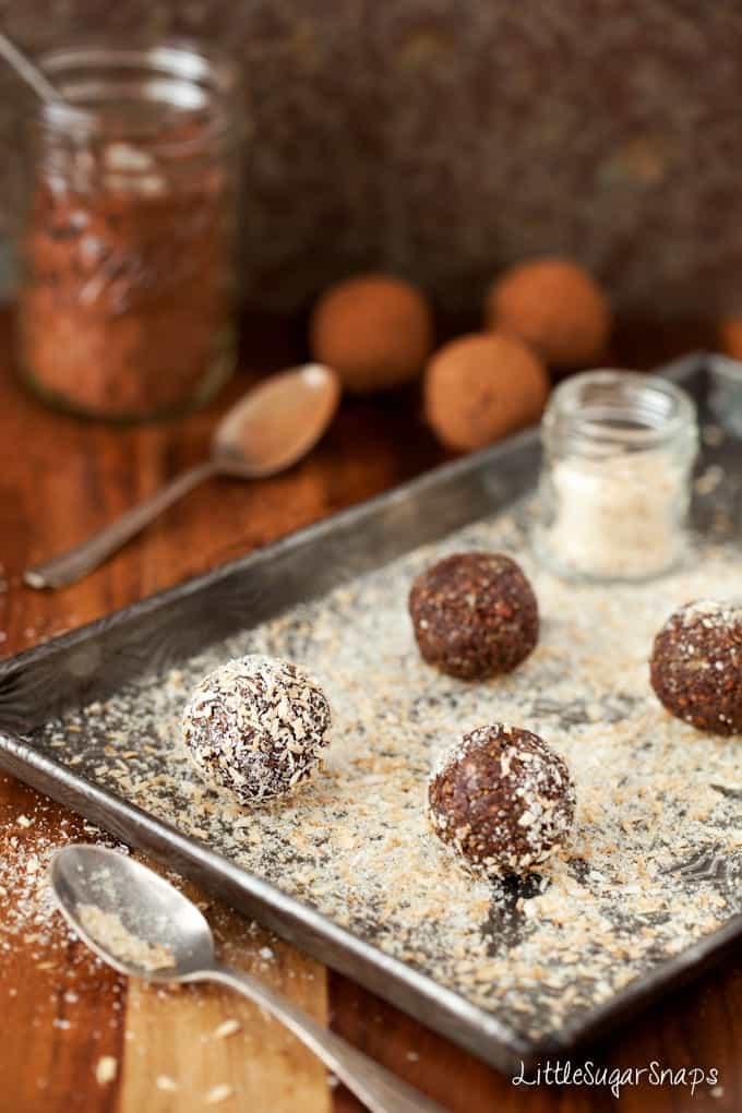 Mint Chocolate Energy Balls