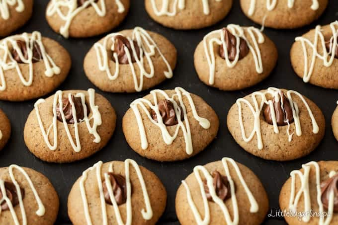 Nutella cookies drizzled with white chocolate