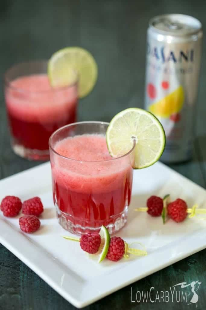 Raspberry limeade mocktail