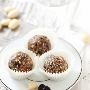 Cherry Bakewell Almond Energy Balls