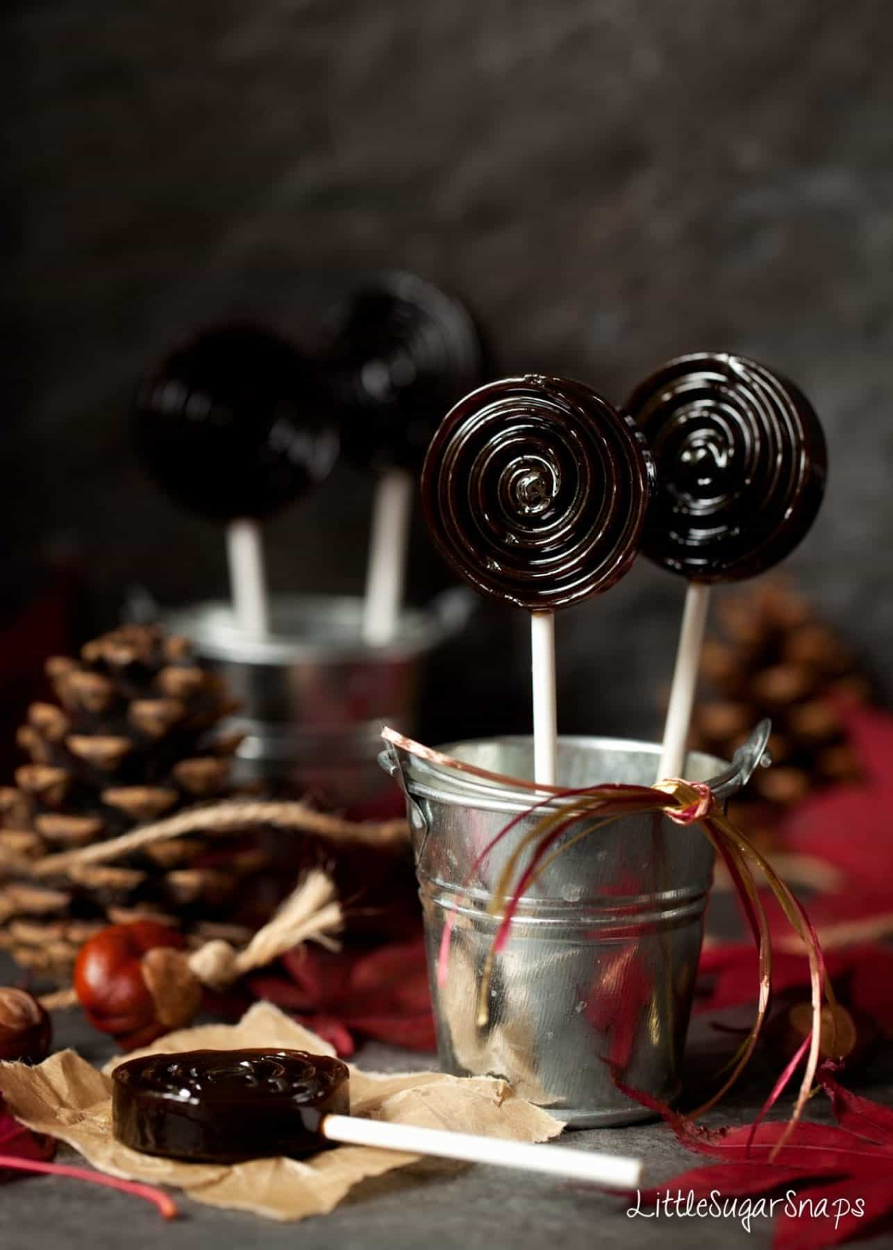 Bonfire Toffee (Treacle Toffee) lollipops