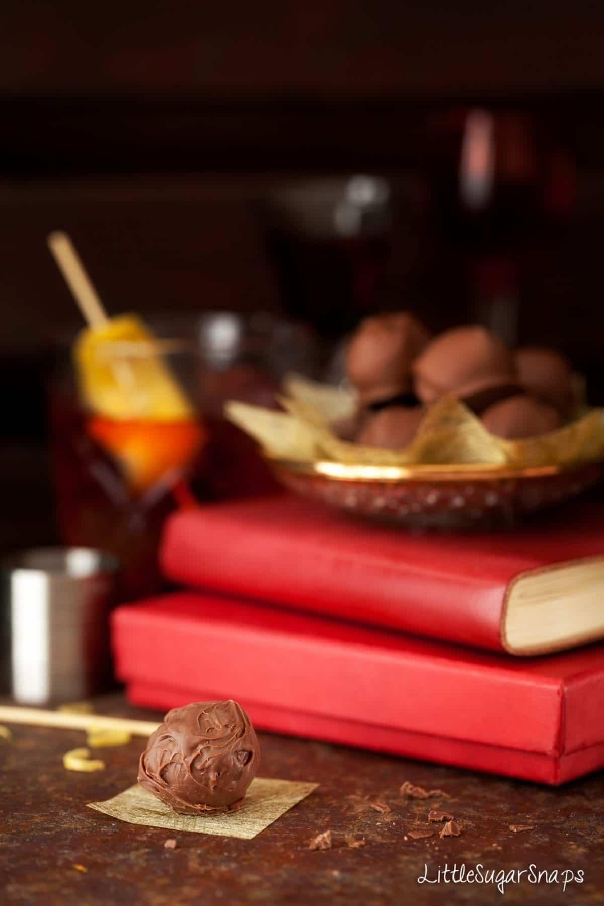 Negroni Truffles #negroni #chocolatetruffle #truffles #negronitruffle