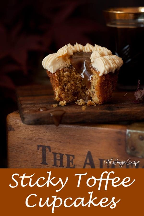 Sticky toffee Pudding Cupcakes #stickytoffeecupcakes #stickytoffeecake #stickytoffeepuddingcupcakes #stickytoffeepuddingcake #stickytoffee #stickytoffeepudding #toffeecupcakes #toffeecake