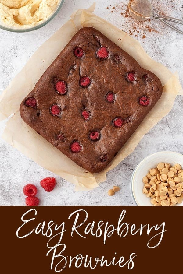 Easy Raspberries brownies with frosting #brownies #chocolatebrownies #raspberrybrownies #chocolatebaking