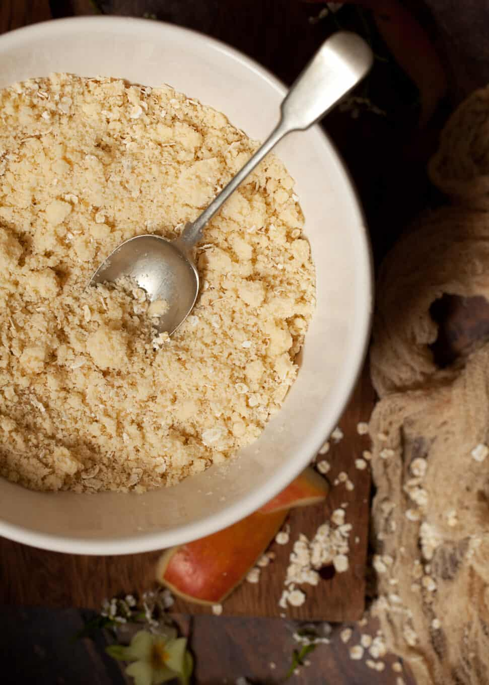 Crumble topping with oats in a bowl