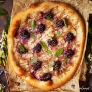 Sweet Pizza with mascarpone & blackberry