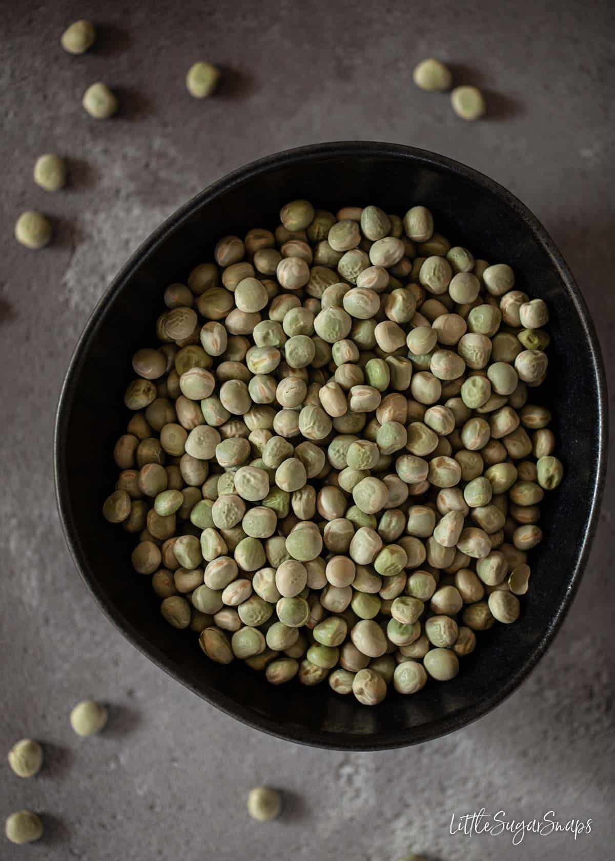 Dried green marrowfat pulses in a bowl