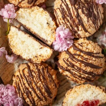 Rocher coco (coconut macaroons) featured image